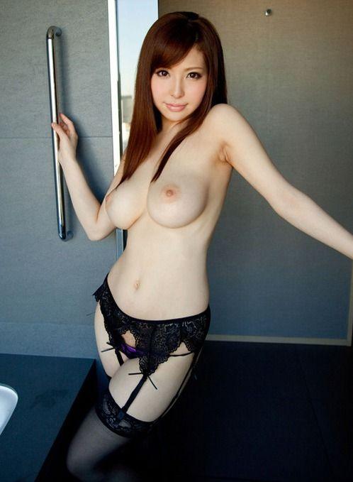 バランスの良い乳房 (4)