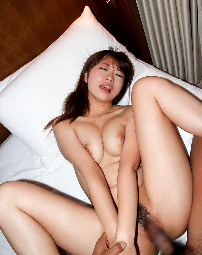 ムッチリ美乳の、初美沙希 (20)