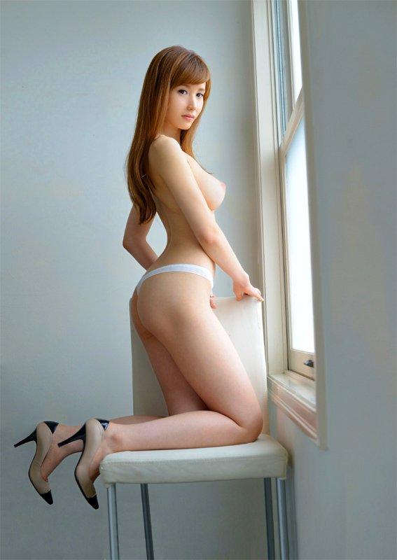アラフォーの美しい熟女、林ゆな (3)
