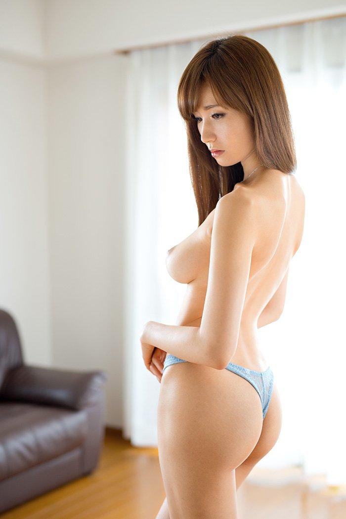アラフォーの美しい熟女、林ゆな (8)