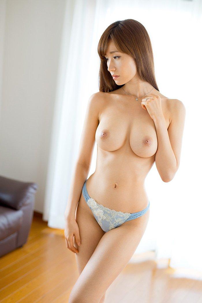 アラフォーの美しい熟女、林ゆな (7)