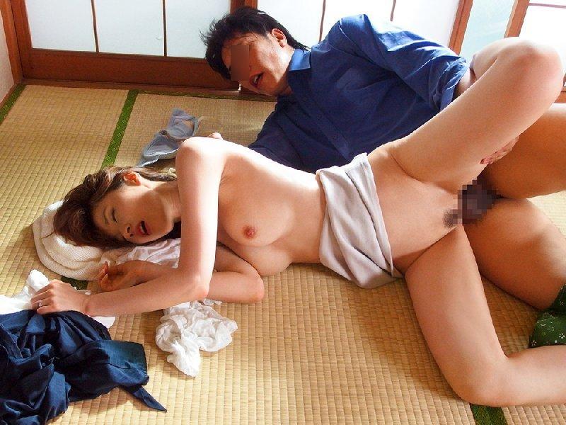 アラフォーの美しい熟女、林ゆな (12)