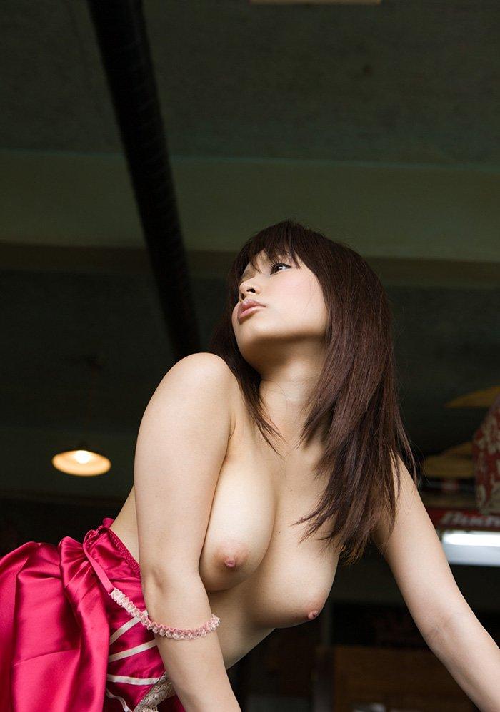 顔も声も可愛い、小島みなみ (2)
