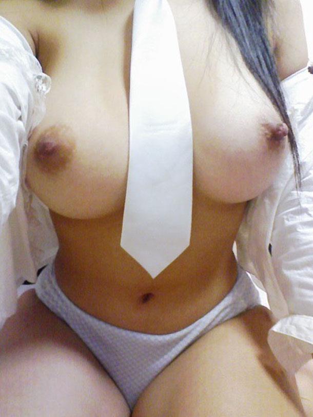 大きな乳房を撮影 (4)