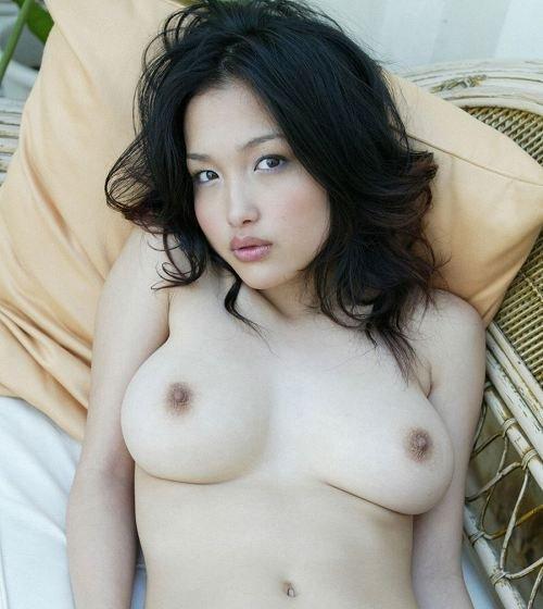 細いのにデカい胸 (1)