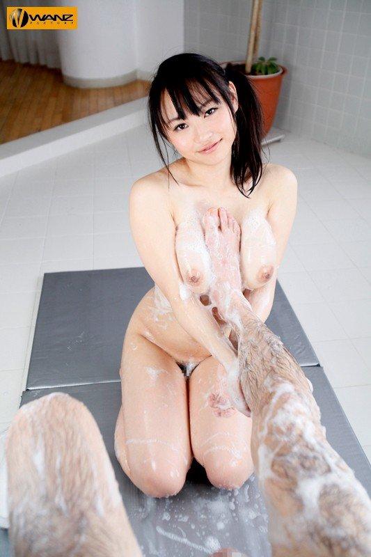 圧巻の巨乳、吉永あかね (12)