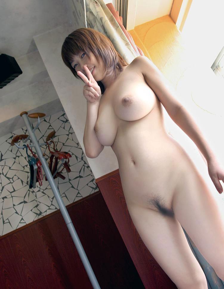 見事な乳房が素敵 (13)