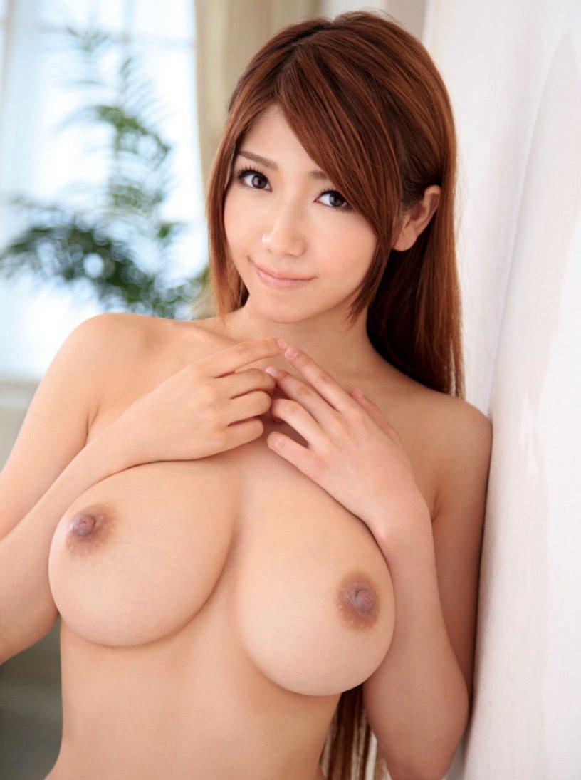 デカい乳房が素敵 (1)