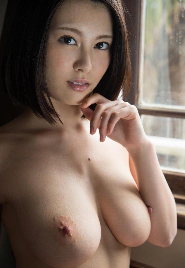 コンパクトグラマーな美女、松岡ちな (9)