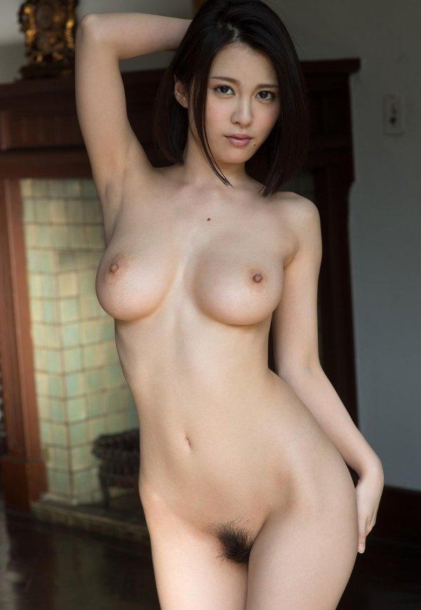 コンパクトグラマーな美女、松岡ちな (11)
