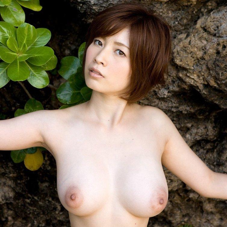 デカい胸に埋もれたい、奥田咲 (1)