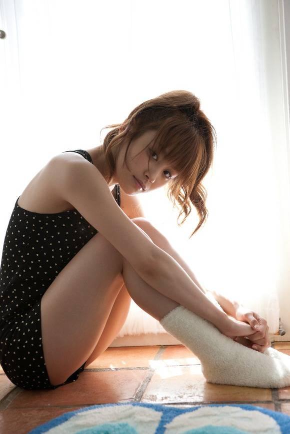 芸能人の脚や太腿 (17)