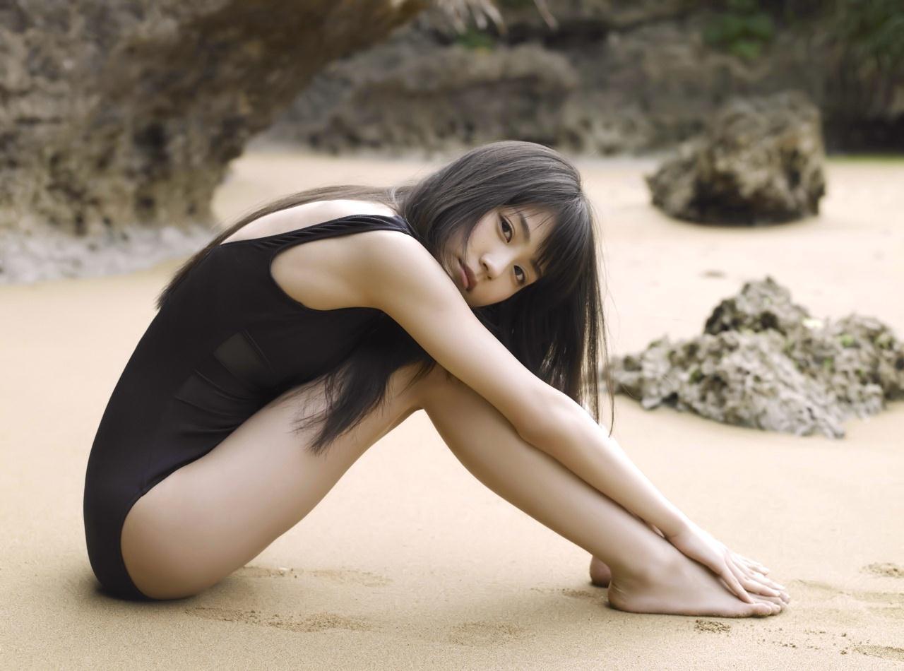 芸能人の脚や太腿 (3)