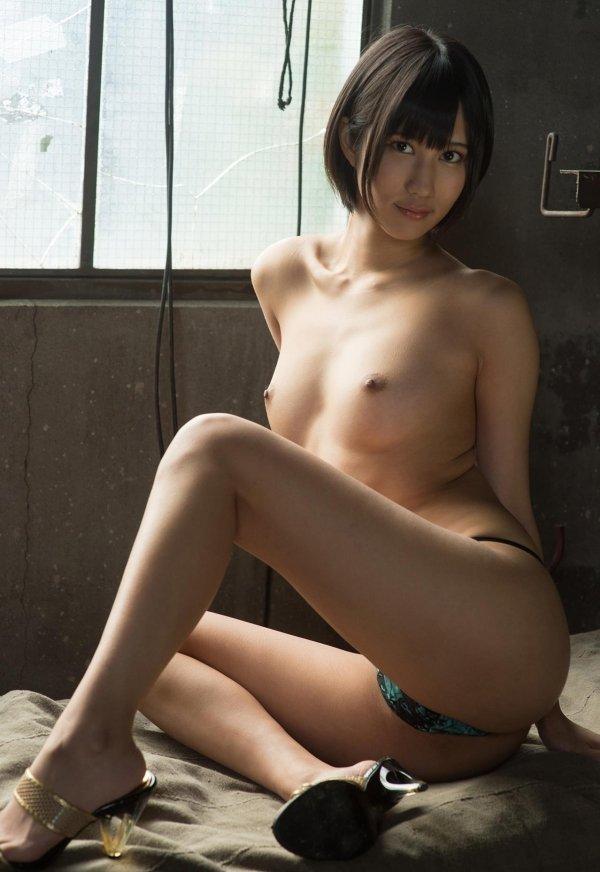 ショートカットの女の子、湊莉久 (7)