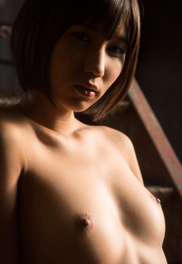 ショートカットの女の子、湊莉久 (10)