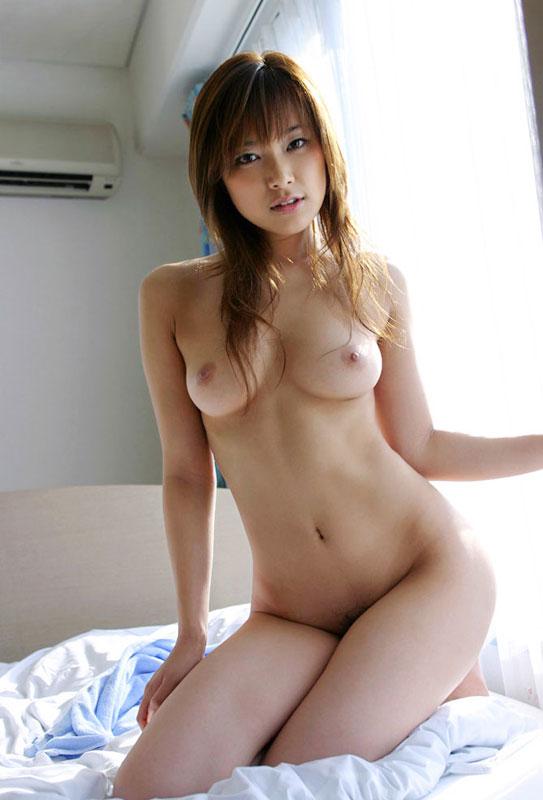 素敵な女性が裸になる (18)
