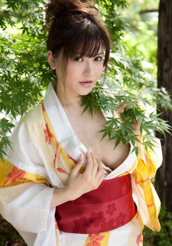 ダイナマイト巨乳の、沖田杏梨 (2)