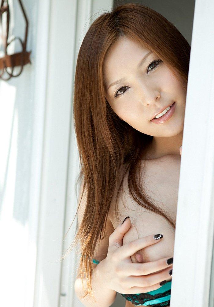 大人の魅力が溢れる、椎名ゆな (2)