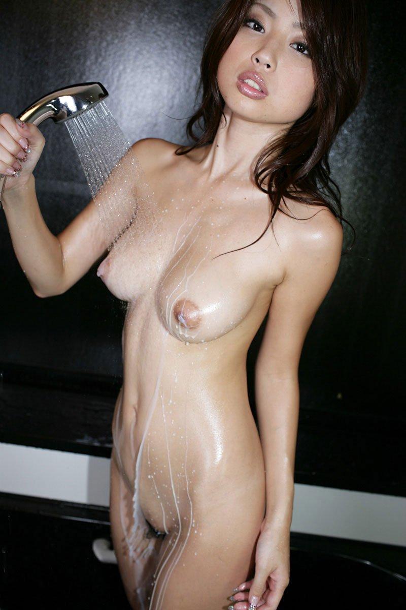 大きくて芸術的な乳房 (11)