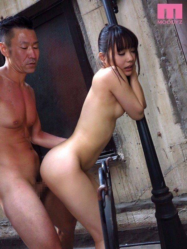 清純な女の子がハメまくる、森田まゆ (24)