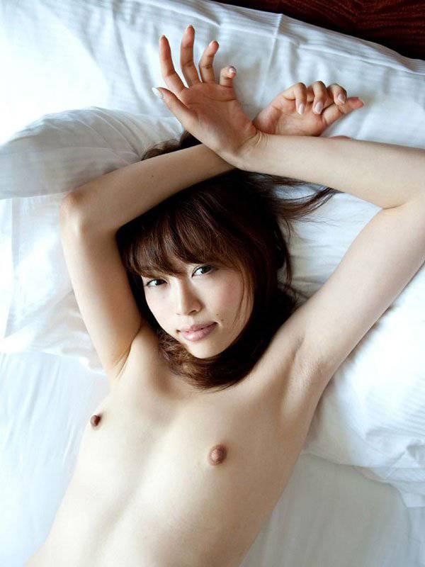 軽量級の乳房 (6)
