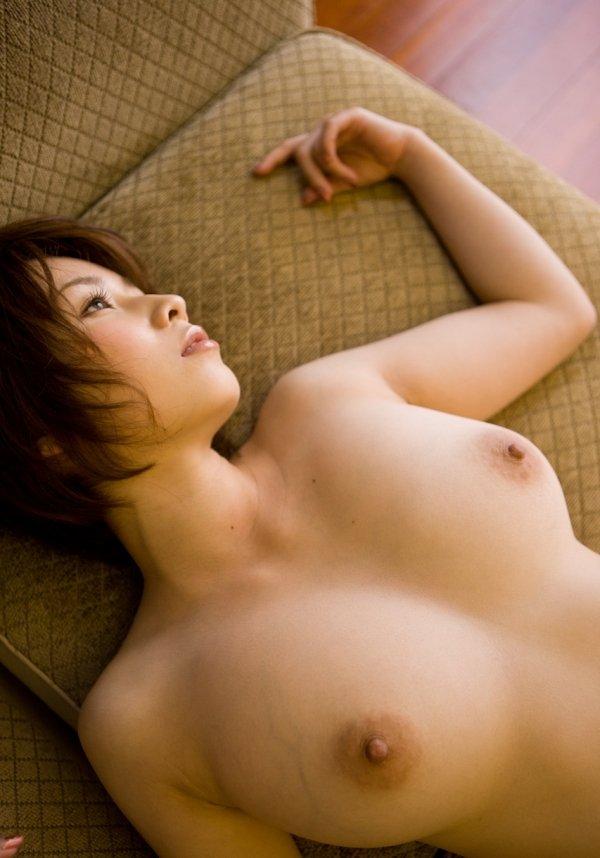 細いウエストに大きな乳房、奥田咲 (7)