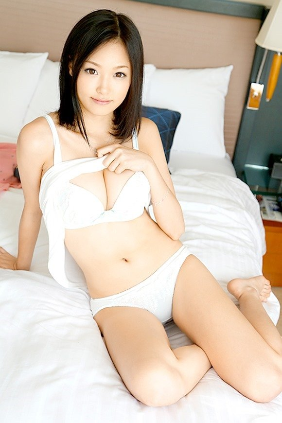 キュートな笑顔で激イキSEX、柚月あい (2)