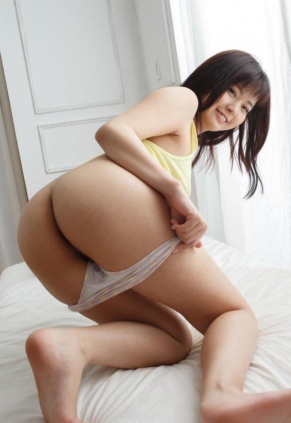愛らしい笑顔で淫乱な性交、彩乃なな (4)