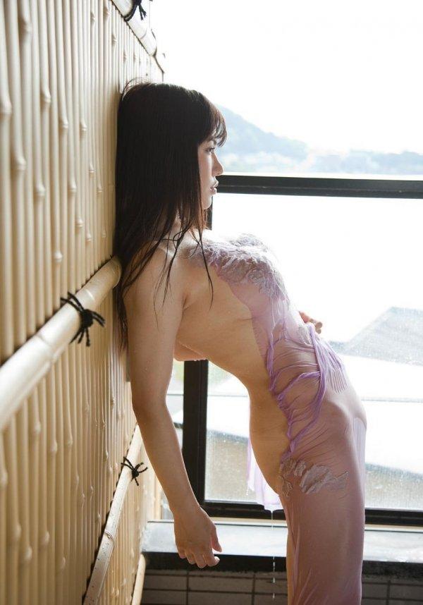 おっぱいがデカい美女、沖田杏梨 (5)