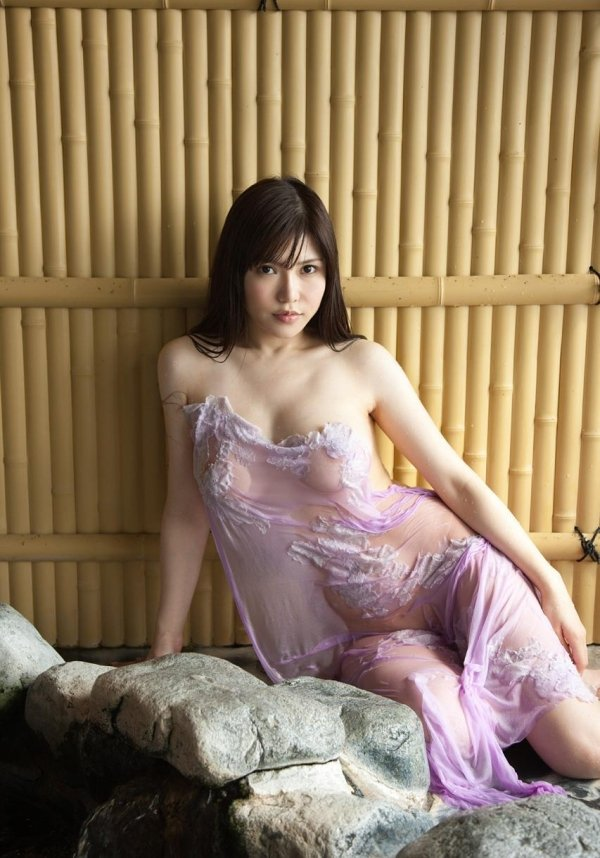 おっぱいがデカい美女、沖田杏梨 (6)