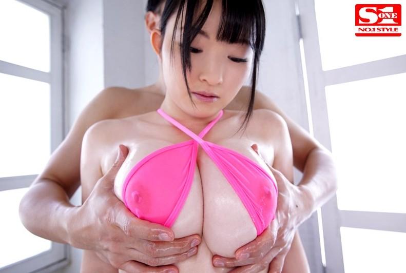 巨乳で挟んでイカしちゃう、篠崎ゆう (8)
