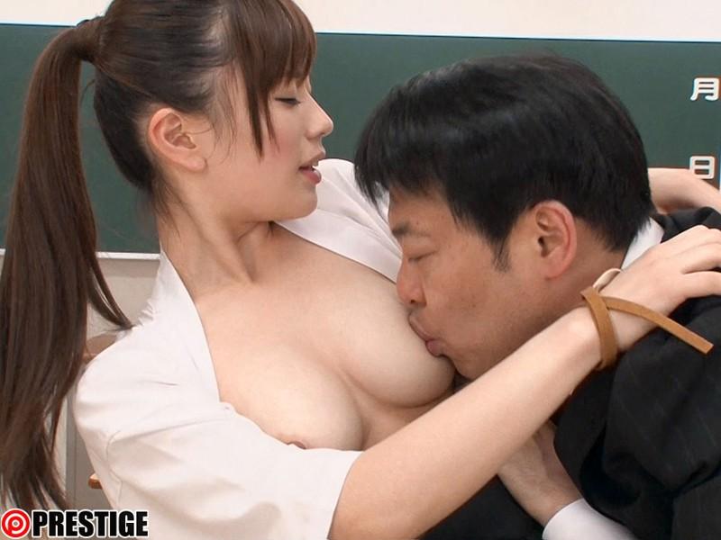 清楚ながらエッチに興味津々の、上野莉奈 (11)