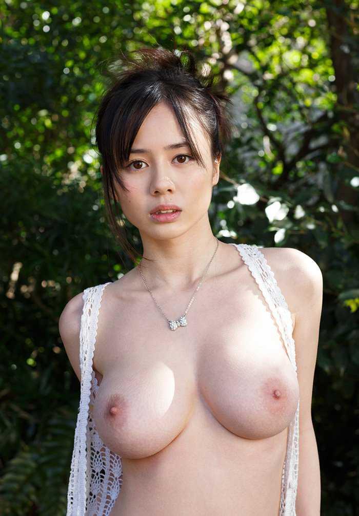 可愛い顔に綺麗な爆乳の、吉川あいみ (2)