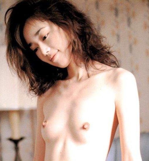 【H,エロ画像】アイドルのがっかりお乳貼ってこうぜwww ほか