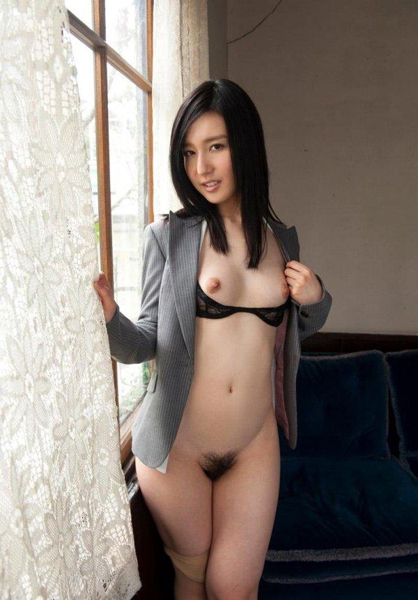 可愛い顔して淫乱な女の子、古川いおり (4)
