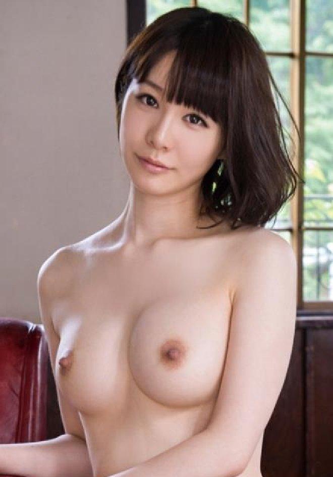 元ミスコンの美しい肉食系女子、宮崎愛莉 (1)