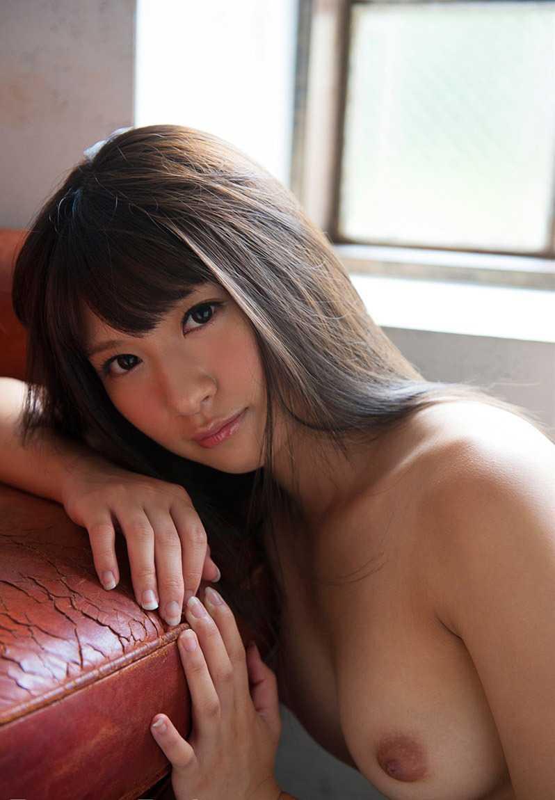 青森生まれの美人が淫乱セックス、緒川りお (8)