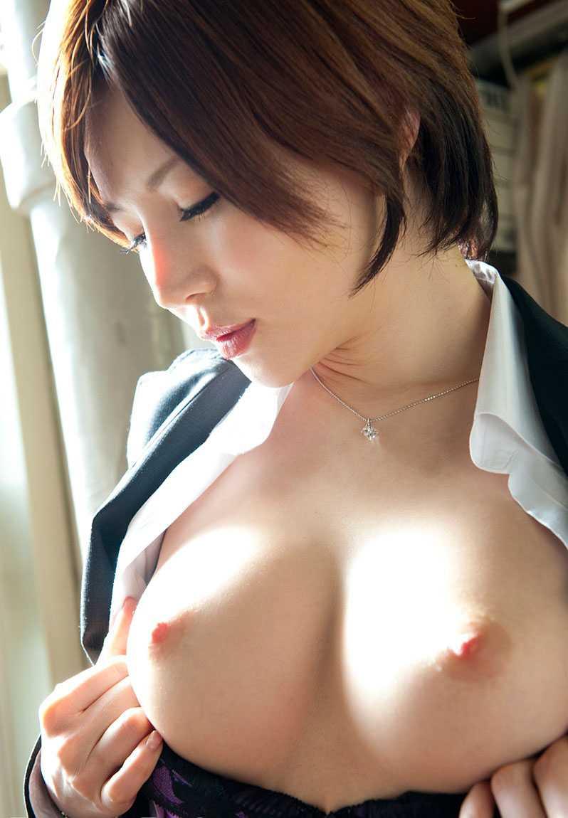 セックスが止められない痴女、里美ゆりあ (3)