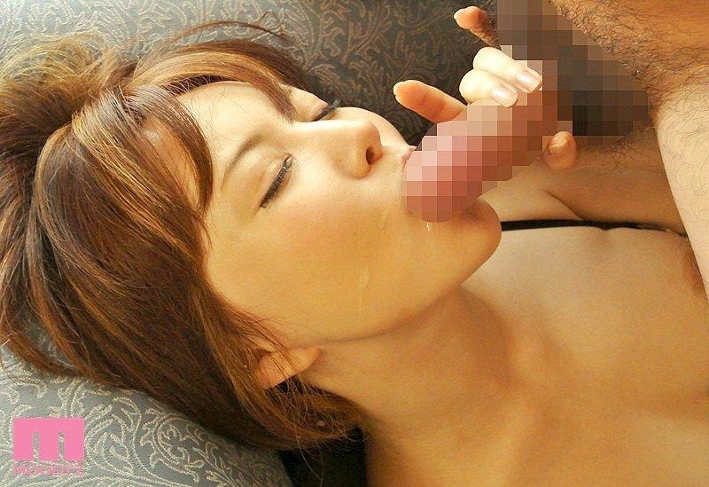 セックスが止められない痴女、里美ゆりあ (16)