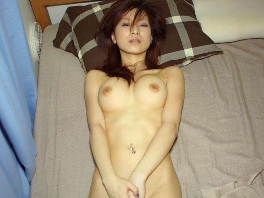 彼女を裸にして撮影してみる (19)