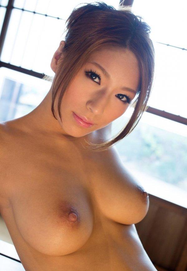 綺麗で大きな乳房を揺らしてSEX、星野ナミ (14)