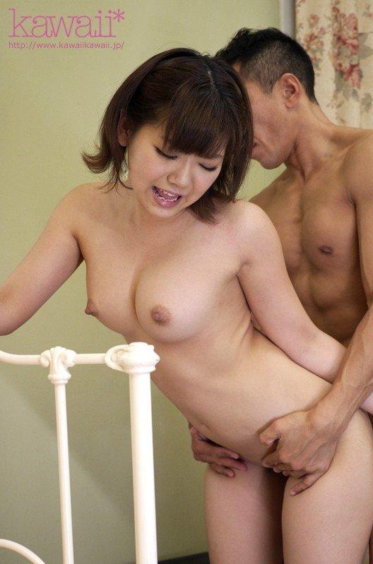 童顔なのに大きな乳房、並木杏梨 (9)