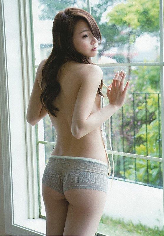 キュッと締まったヒップの魅力 (8)