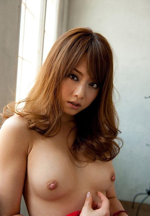 キュートでセクシーな美女、吉沢明歩 (2)