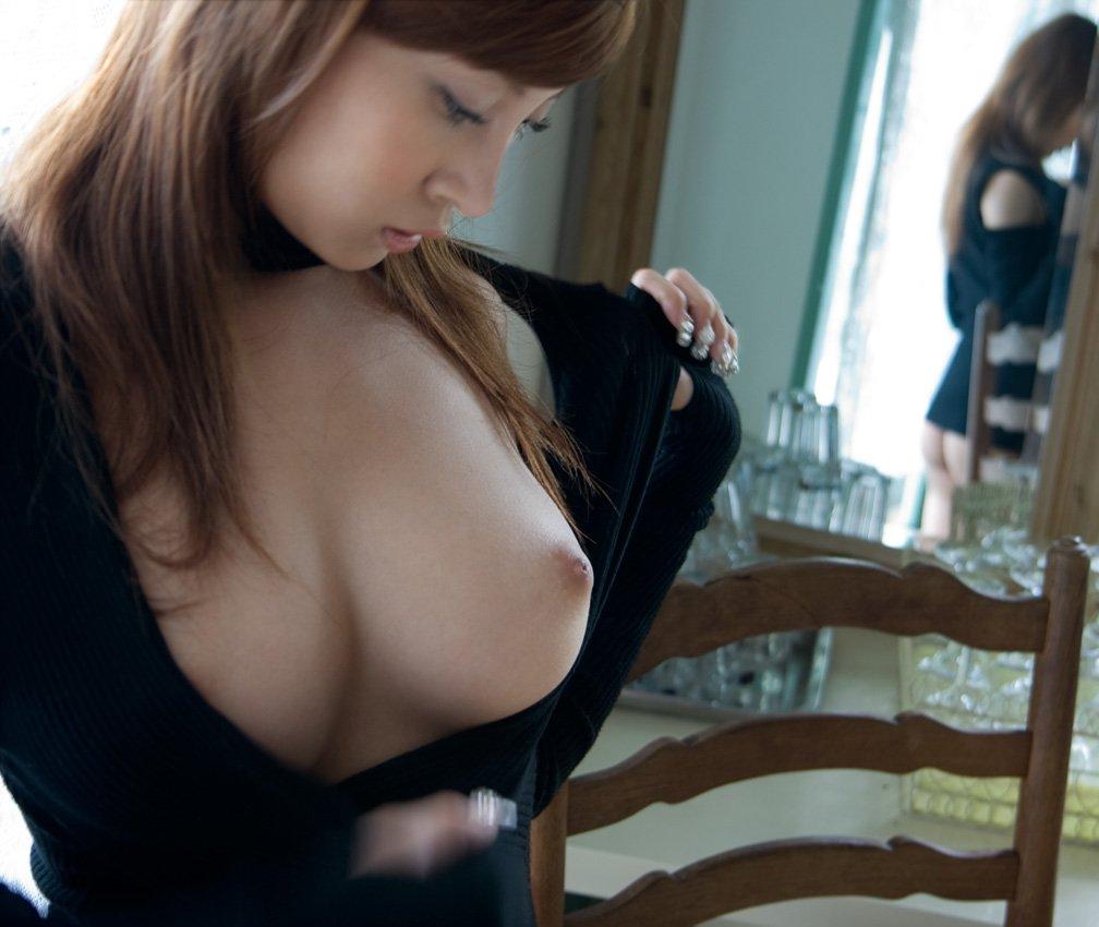 デカい乳房を飽きるまで触りたい (7)