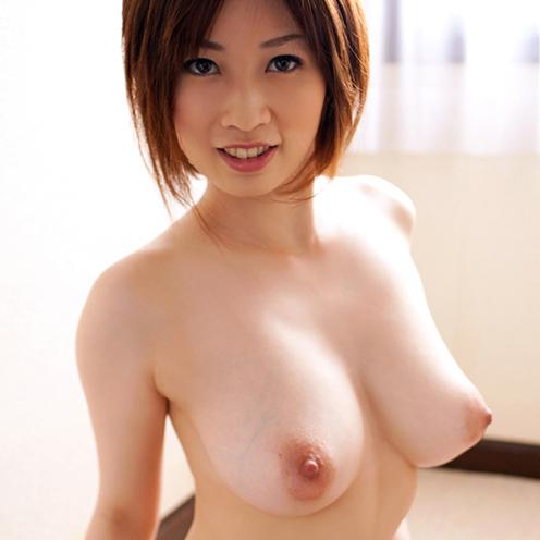 デカパイを揺らして豪快SEX、奥田咲 (1)