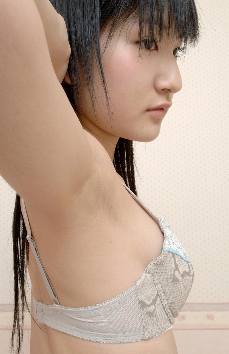 セクシーな腋の下を見せる (8)