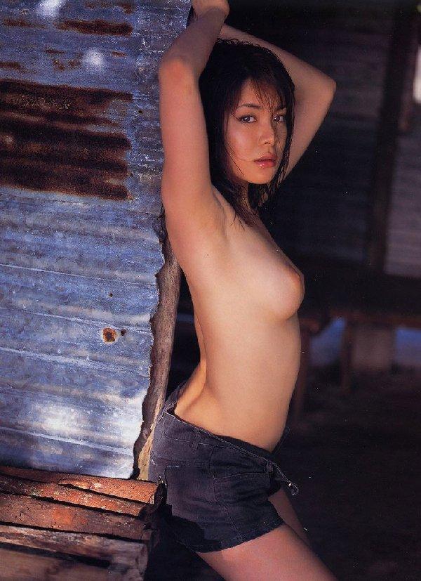 セクシーな腋の下を見せる (15)