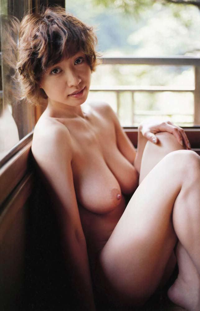 芸能人の濡れ場や全裸写真がセクシー (7)