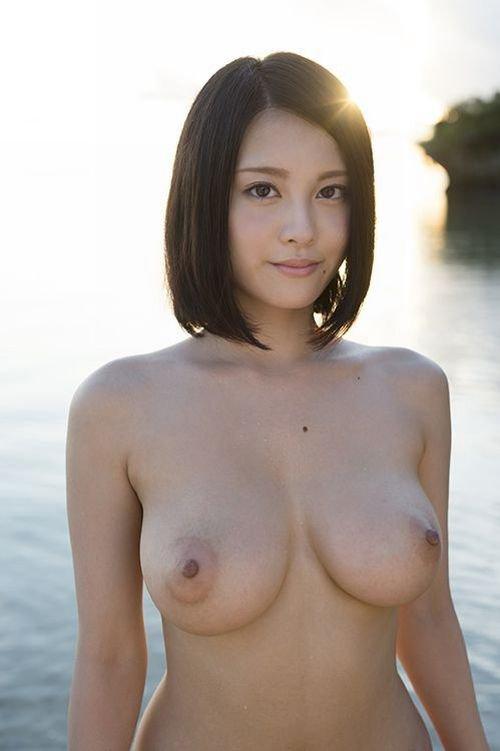 デカい乳房を揺らしてSEXしまくる、松岡ちな (13)
